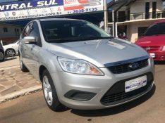 FORD FOCUS 1.6 GLX 16V 2010/2011 OFERTA CARRO | OFERTA BAIXOS SALVADOR DO SUL / Carros no Vale