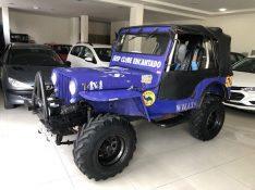 Willys Jeep 4X4 2.2 8V  COVEL VEÍCULOS ENCANTADO / Carros no Vale
